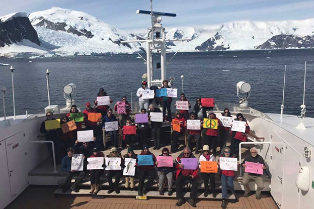 Antartica-Womens-March