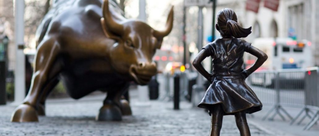 Wall-Street-bull-and-Fearless-Girl-1030×438