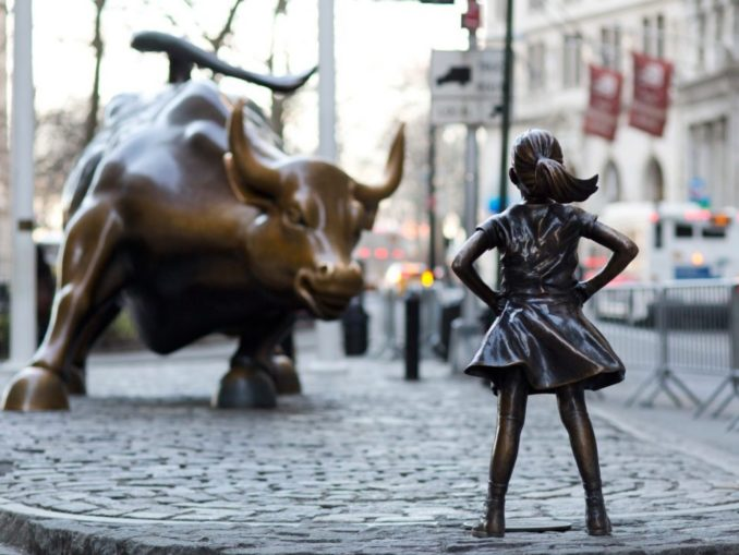 Wall-Street-bull-and-Fearless-Girl-678×509